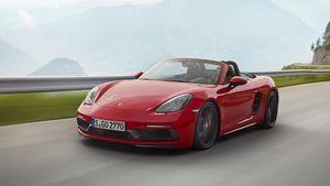 Porsche 718 Boxster và Cayman GTS 2018 được nâng cấp sức mạnh