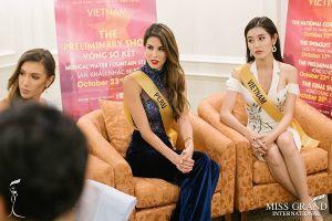 Huyền My nói tiếng Anh lưu loát tại Miss Grand International 2017