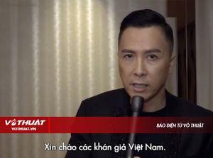 Chân Tử Đan gửi lời chào trực tiếp đến khán giả Việt Nam