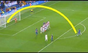 Mãn nhãn những pha sút phạt ghi bàn đẹp mắt của Lionel Messi