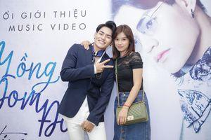 Hoàng Yến Chibi rạng rỡ đến chúc mừng Tino ra mắt MV 'Đèn lồng đom đóm'