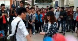 Sự thật clip nữ sinh cầm bóng bay tỏ tình bị chàng trai phũ phàng vứt đi