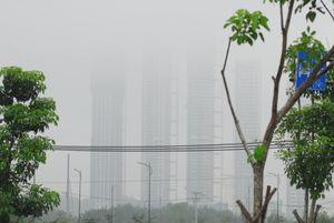 Sương mù dày đặc xuất hiện ở Sài Gòn, gần trưa vẫn không hết