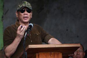 Duterte gọi cảnh sát là 'khỉ', muốn tự tay bắn chết tội phạm