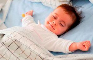 Trẻ sơ sinh ngủ bao nhiêu tiếng được cho là ít?