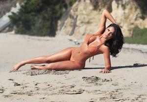 Jessia Cribbon - Nữ thần xinh đẹp và nóng bỏng