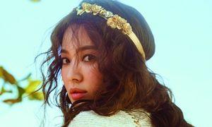 'Cô dâu tháng 10' Song Hye Kyo đội khăn voan đẹp lộng lẫy