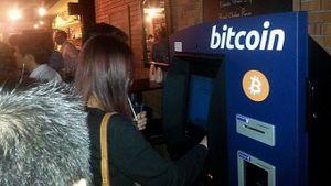 Người Việt mua tiền ảo Bitcoin qua các kênh nào?