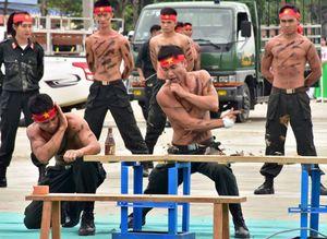 Những chiêu võ thuật điêu luyện của cảnh sát cơ động bảo vệ APEC