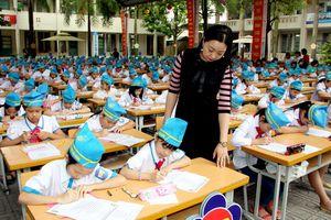 Học sinh Tiểu học hào hứng tham gia Ngày hội viết chữ đẹp