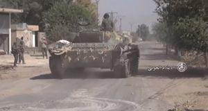 Quân đội Syria tiến đánh IS từ Mayadeen về biên giới Iraq-Syria (video_