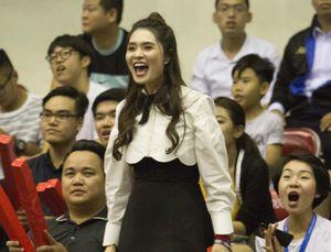 Bà chủ Thanglong Warriors vỡ òa khi đội bóng giành chiến thắng