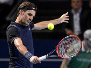 Basel Open ngày 1: Federer đau đầu vì đụng 'hàng cứng'