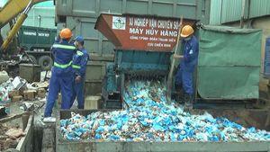 Tiêu hủy lô hàng mỹ phẩm, thực phẩm nhập lậu trị giá nhiều tỉ đồng