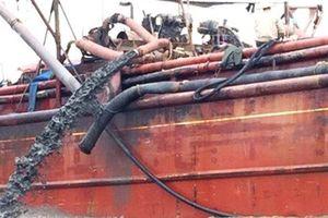 Nghệ An đề nghị Thanh Hóa làm rõ việc tàu xả thải bùn ra biển