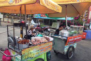Khoái ẩm thực vỉa hè Bangkok