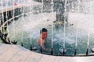Hình ảnh nắng nóng chưa từng thấy hơn 40 năm qua ở Hà Nội