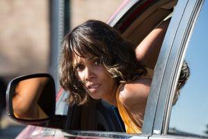 Phim của 'miêu nữ' Halle Berry thu 10 triệu USD ở Mỹ sắp ra rạp Việt