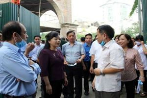 Bộ trưởng Bộ Y tế thị sát công tác chống dịch SXH ở HN