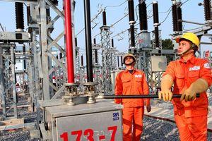 Cấp điện trở lại tất cả địa phương ảnh hưởng bởi bão số 10