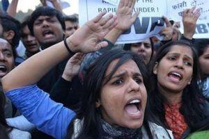 Ấn Độ: Bé gái 18 tháng tuổi bị cưỡng hiếp gây phẫn nộ
