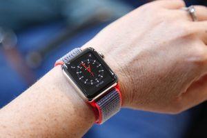 Apple Watch 3 'đứng hình' khi được hỏi về thời tiết