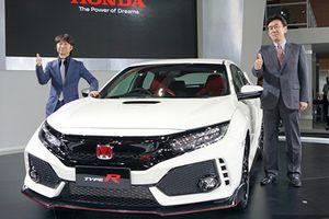 Honda Civic Type R giá 1,7 tỷ 'cháy hàng' tại Malaysia