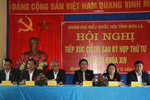 Phó Chủ tịch thường trực Quốc hội tiếp xúc cử tri Sơn La