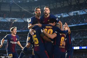 Messi chói sáng, Barca 'vùi dập' Real trong trận Siêu kinh điển