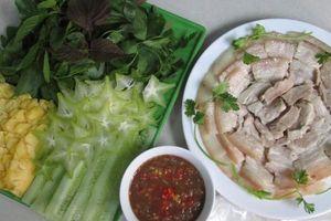 Giản đơn thịt heo luộc chấm mắm cá cơm thơm ngon khó cưỡng
