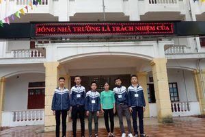 Hà Tĩnh: Tuyên dương 5 học sinh nhặt được của rơi, trả người đánh mất