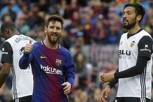 Thắng sát nút Valencia, Barca lập kỷ lục bất bại ở La Liga