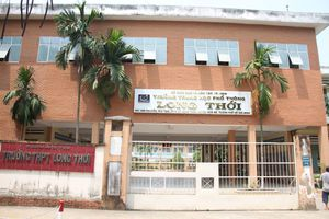 Vụ cô giáo im lặng không giảng bài tại TPHCM: Khiển trách hiệu trưởng