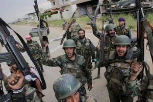 Hàng nghìn binh sĩ Syria được huấn luyện ở Latakia chuẩn bị cho cuộc tấn công gần biên giới Thổ Nhĩ Kỳ