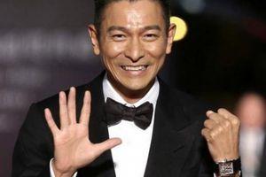 Cha của 'thiên vương' Lưu Đức Hoa: Từ bỏ giàu sang, chấp nhận sống nghèo khó vì con