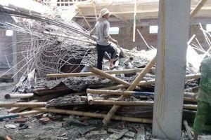 Sập giàn giáo công trình xây dựng, ít nhất 1 người tử vong