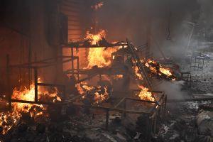 Hiện trường vụ cháy chợ Quang ở Hà Nội