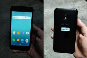 Điện thoại Android Go của Samsung rò rỉ với giao diện tùy biến, RAM 3GB