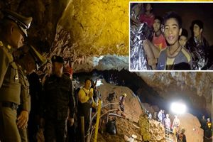 'Đánh thuốc mê là cách dễ nhất' để đưa đội bóng Thái Lan ra khỏi hang