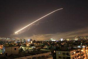 Israel tấn công các vị trí quân đội Syria ở gần Cao nguyên Golan