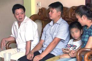Vụ trao nhầm con ở Ba Vì: 2 gia đình giao nhận con chính thức