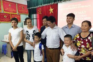 Vụ trao nhầm con: Hai gia đình chính thức nhận lại con ruột tại BVĐK Ba Vì