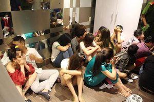 Nhiều dân chơi phê ma túy tập thể trong chung cư cao cấp ở Sài Gòn