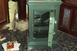 Đại gia ở quận Phú Nhuận trình báo mất két sắt chứa hàng tỉ đồng