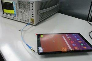 Samsung Galaxy Tab A2 lộ ảnh thực tế: màn hình 10,5 inch, cổng USB Type C