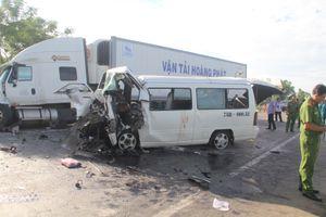 Nguyên nhân vụ tai nạn kinh hoàng ở Quảng Nam: Tài xế ngủ gật, xe mất lái
