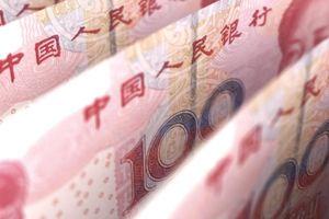 Một góc nhìn khác về sự rớt giá của CNY