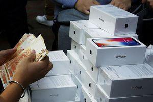 Apple trở thành công ty Mỹ đầu tiên đạt cột mốc nghìn tỷ đô la