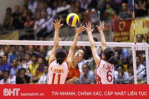 Thắng dễ Đại học Hokkaido 3 - 0, tuyển Việt Nam nhất bảng A