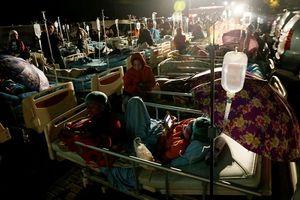 Hiện trường vụ động đất kinh hoàng khiến 82 thiệt mạng tại Indonesia